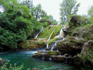 Cascade et bassins à Navacelles