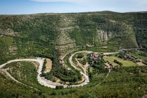 Vissec, village au creux des gorges de La Vis
